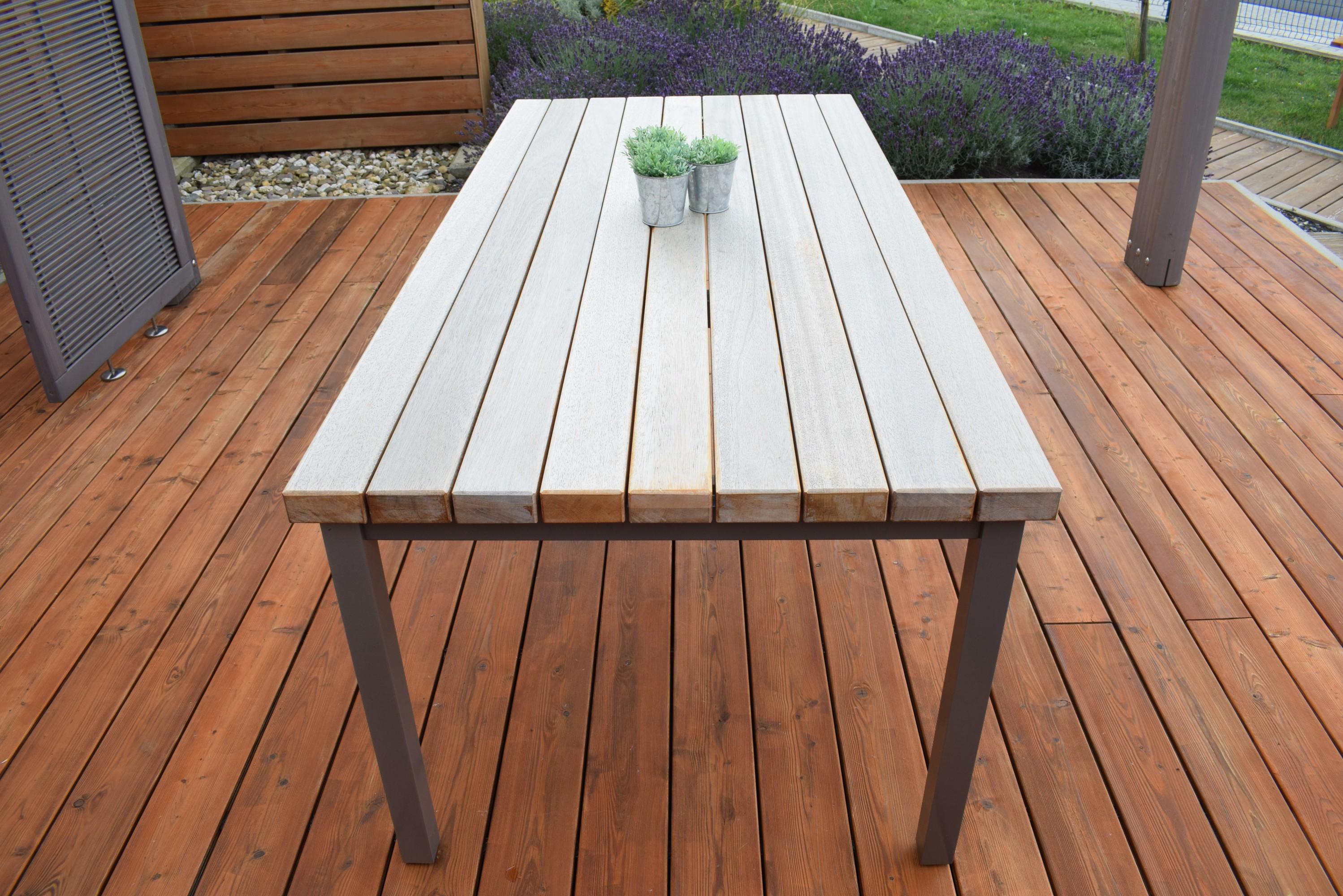 forst und holz dienstleistungen tisch lounge loungtisch outdoor. Black Bedroom Furniture Sets. Home Design Ideas
